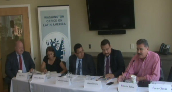 Roberto Rubio, director ejecutivo de FUNDE, participó como conferencista en un evento público convocado por la Washington Office on Latin America (WOLA) y The Wilson Center el pasado 30 de junio durante la gira que realiza en Washington D. C.